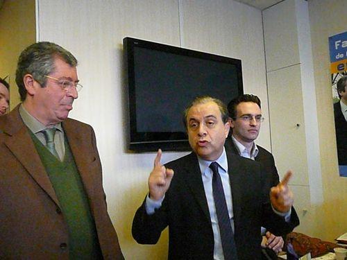 Roger Karoutchi et Patrick Balkany à la permanence